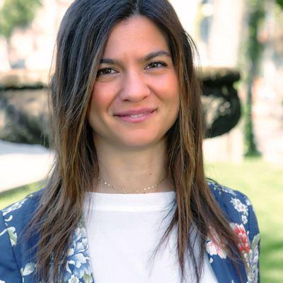 07-Vicky-Tarolla-min-1-400x400-1.jpg