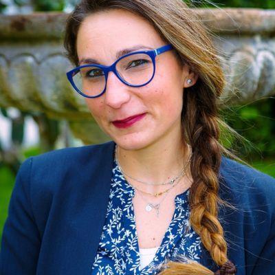 13-Angela-Gulizzi-min-1-400x400-1.jpg